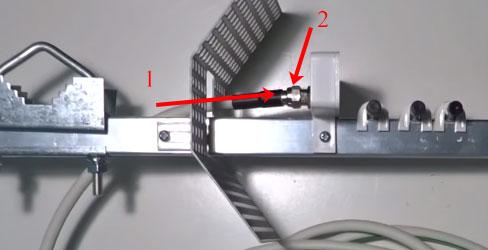 Крепление кабеля к антенне