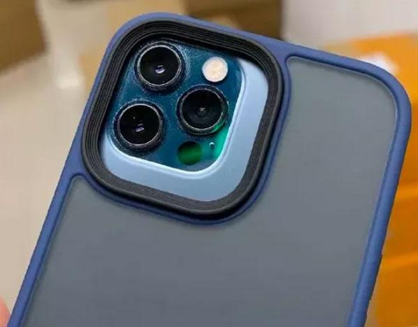 Чехол от iPhone 13 Pro на iPhone 12 Pro