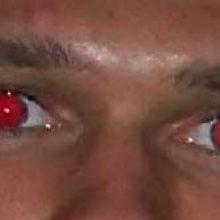 Как убрать эффект красных глаз в фотошопе